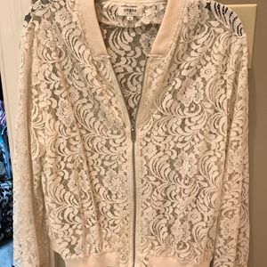 Unfeeling lace jacket